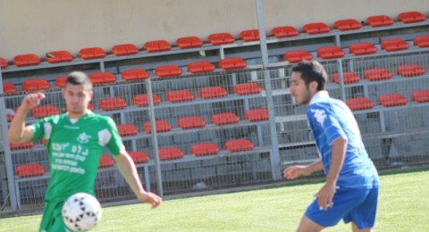 الاخضر الكناوي يتنفس الصعداء بعد فوزه على مـ الدالية (1-0)